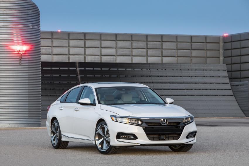 Honda Accord 2018 didedahkan – 1.5 VTEC Turbo dan 2.0 VTEC Turbo bersama transmisi auto 10-kelajuan Image #683763