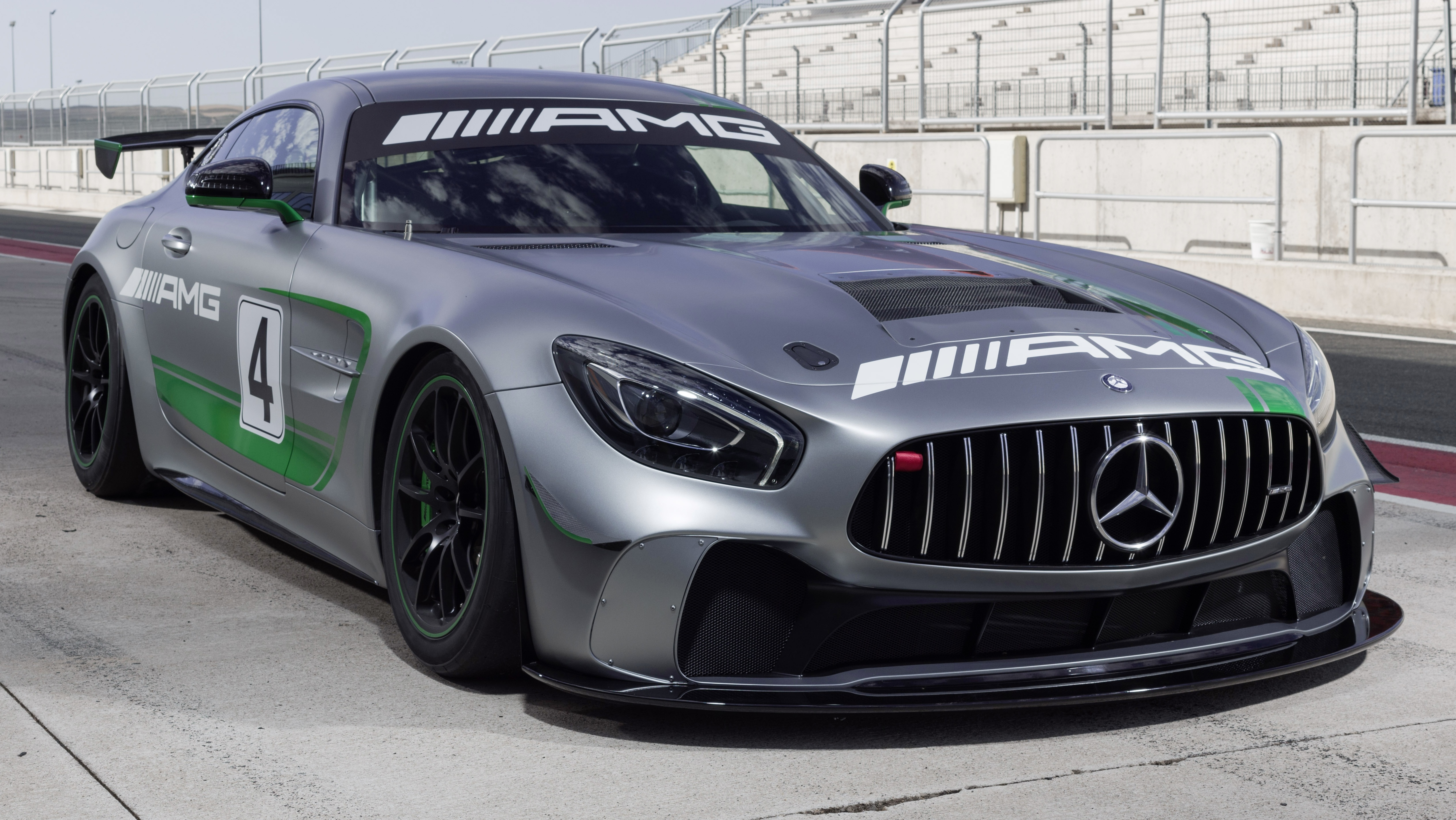 Mercedes amg gt4 entry level race car unveiled for Mercedes benz race