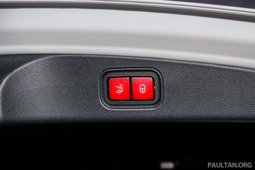 Mercedes-Benz E-Class Coupe kini dilancarkan di Malaysia – tiga varian, harga dari RM436k Image #689489