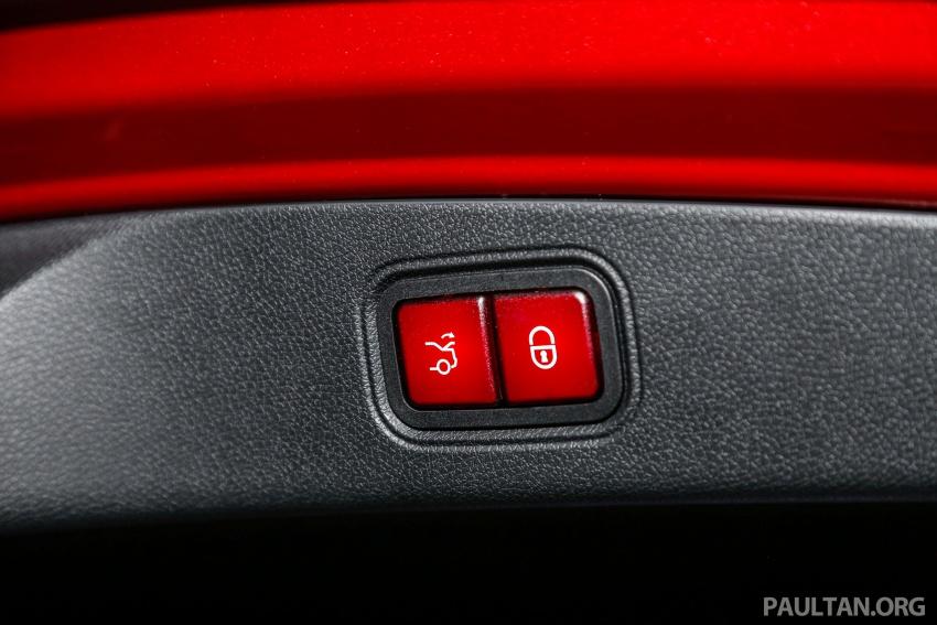 Mercedes-Benz E-Class Coupe kini dilancarkan di Malaysia – tiga varian, harga dari RM436k Image #689429