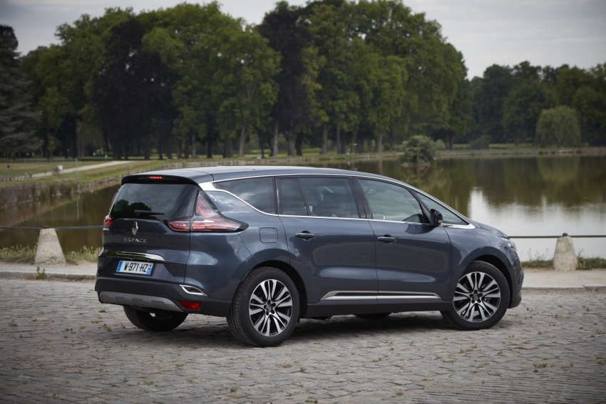 2017 Renault Espace revealed with new engine, kit Image #679135