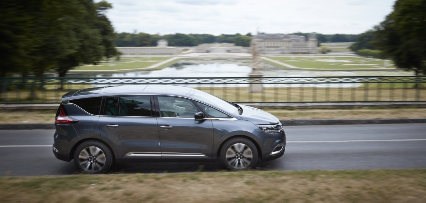 2017 Renault Espace revealed with new engine, kit Image #679138