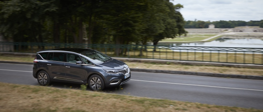 2017 Renault Espace revealed with new engine, kit Image #679140