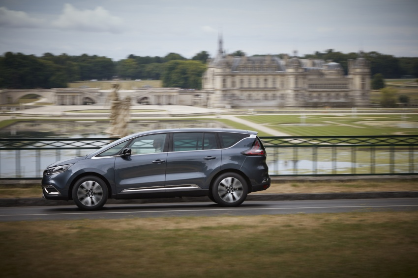 2017 Renault Espace revealed with new engine, kit Image #679142