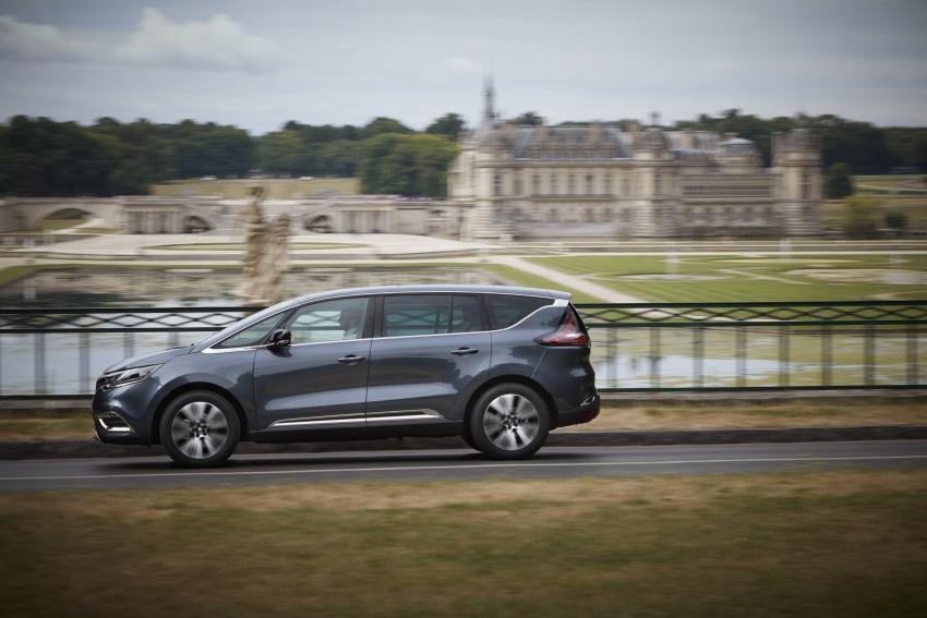 2017 Renault Espace revealed with new engine, kit Image #679142