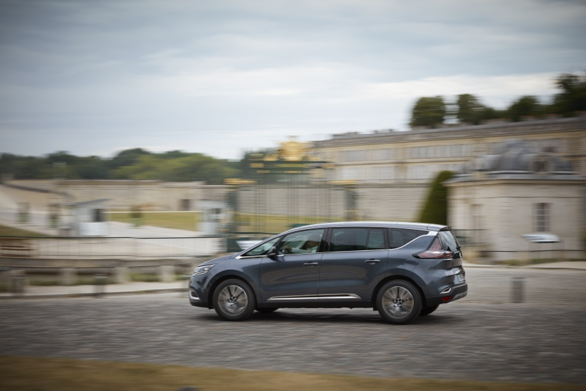 2017 Renault Espace revealed with new engine, kit Image #679148