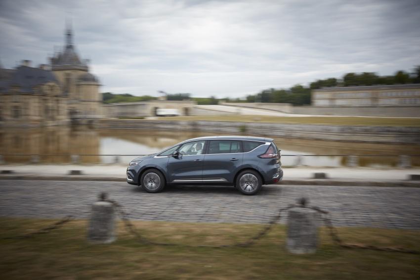 2017 Renault Espace revealed with new engine, kit Image #679151