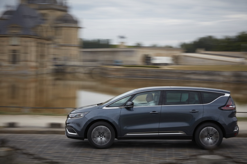 2017 Renault Espace revealed with new engine, kit Image #679152