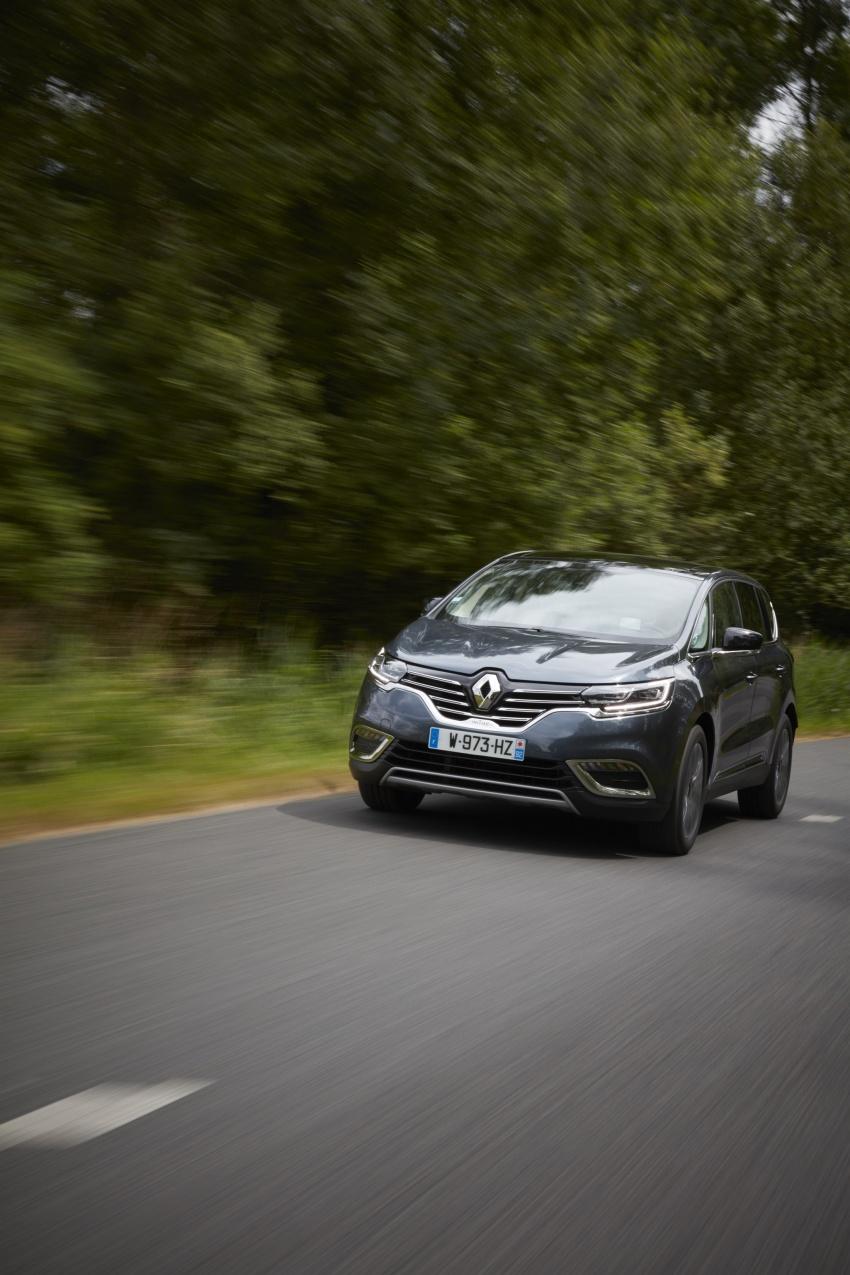 2017 Renault Espace revealed with new engine, kit Image #679162