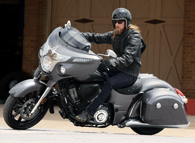 star motorcycles with 2018 Indian Motorcycle Range Released New Colours on 306 also 2018 Indian Motorcycle Range Released New Colours moreover Spiral 3617 as well Burly Brand Brat Style Star Bolt Custom Motorcycle also 2017 Vulcan 900 Classic LT.