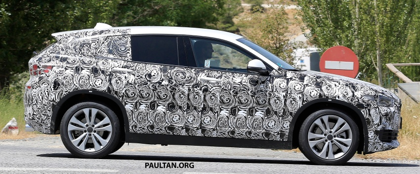 SPYSHOTS: BMW X2 shows more details, incl interior Image #684859