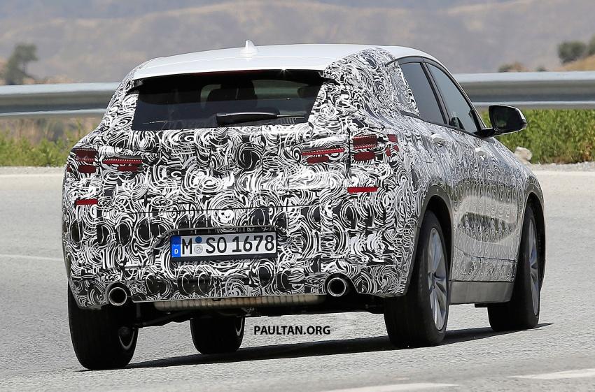 SPYSHOTS: BMW X2 shows more details, incl interior Image #684862