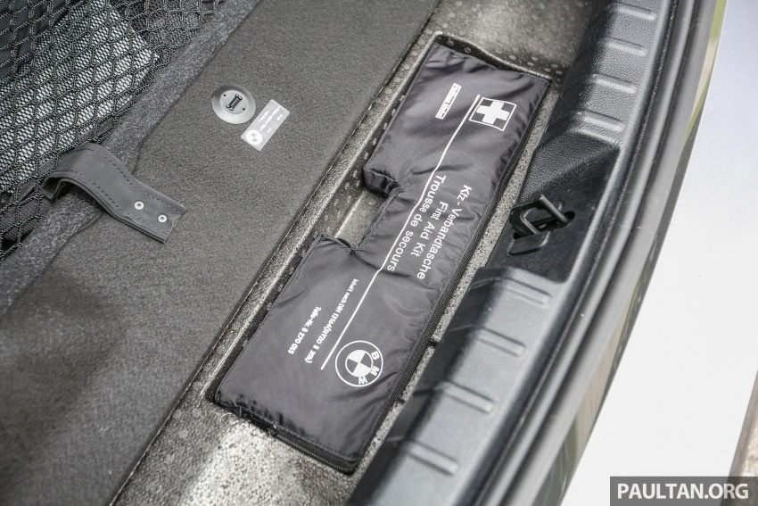 Driven Web Series 2017 #1: plug-in hybrid sedans – BMW 330e vs Mercedes C350e vs VW Passat 2.0 TSI Image #690641