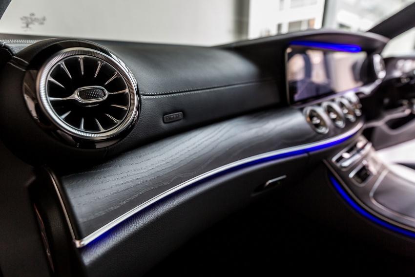 Mercedes-Benz E-Class Coupe kini dilancarkan di Malaysia – tiga varian, harga dari RM436k Image #688773