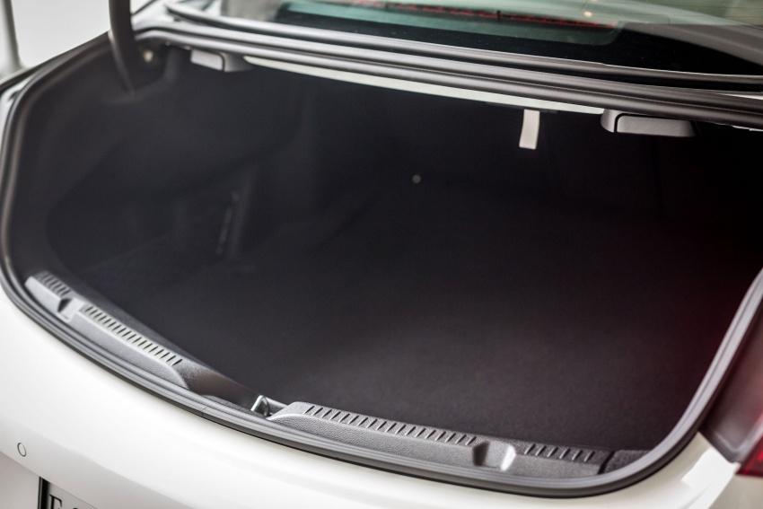 Mercedes-Benz E-Class Coupe kini dilancarkan di Malaysia – tiga varian, harga dari RM436k Image #688893