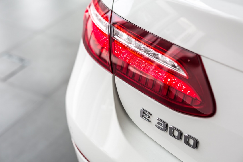 Mercedes-Benz E-Class Coupe kini dilancarkan di Malaysia – tiga varian, harga dari RM436k Image #688910