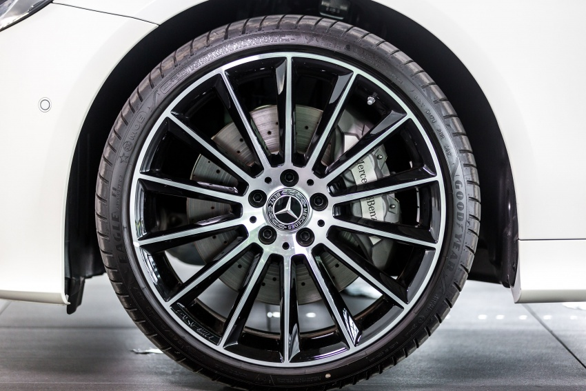 Mercedes-Benz E-Class Coupe kini dilancarkan di Malaysia – tiga varian, harga dari RM436k Image #688938