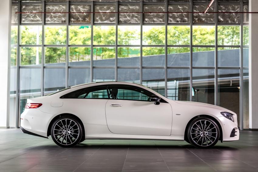 Mercedes-Benz E-Class Coupe kini dilancarkan di Malaysia – tiga varian, harga dari RM436k Image #688930