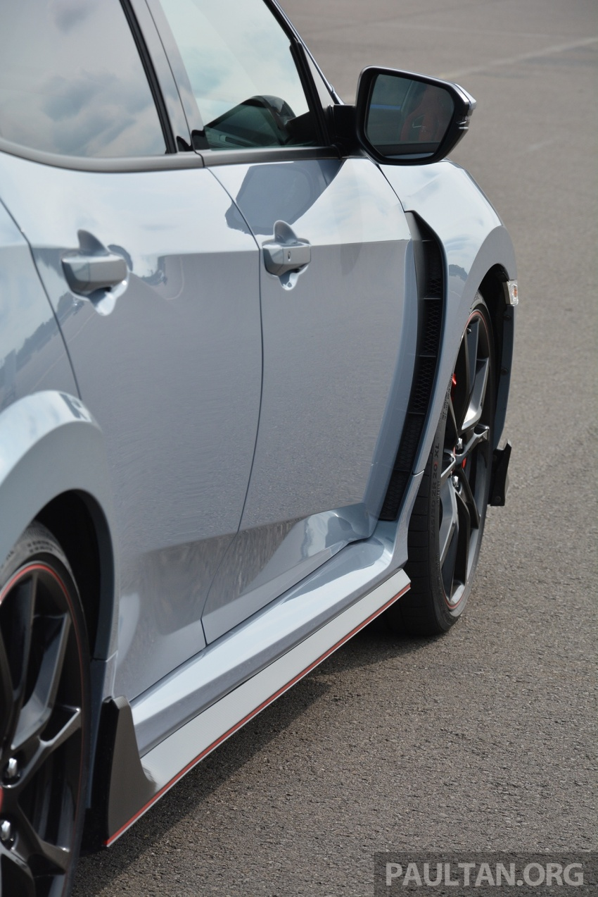 DRIVEN: 2017 FK8 Honda Civic Type R, paradigm shift Image #689051