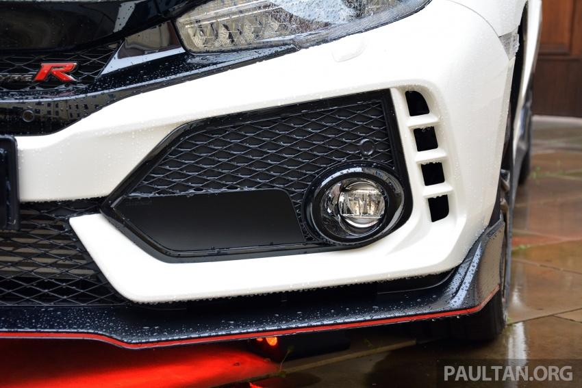 DRIVEN: 2017 FK8 Honda Civic Type R, paradigm shift Image #689111