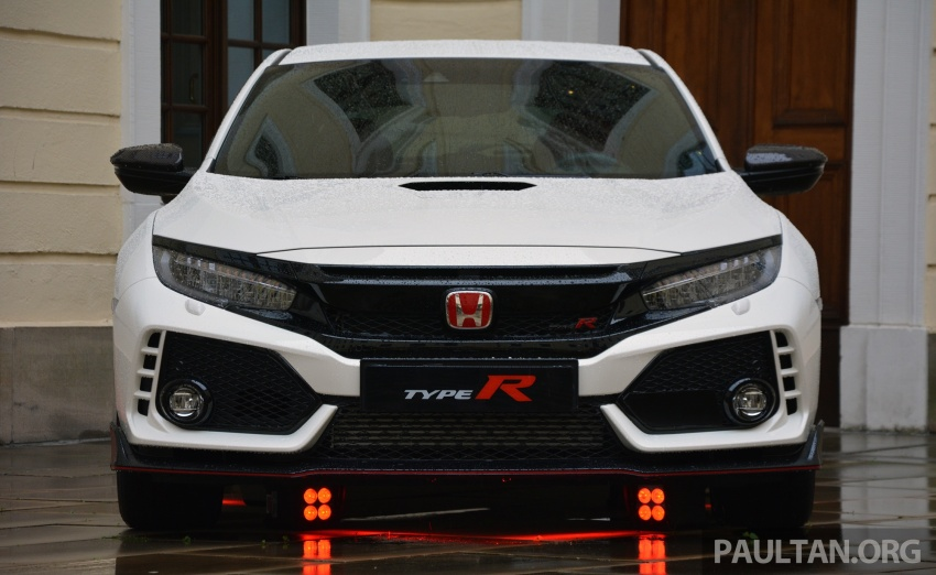 DRIVEN: 2017 FK8 Honda Civic Type R, paradigm shift Image #689116