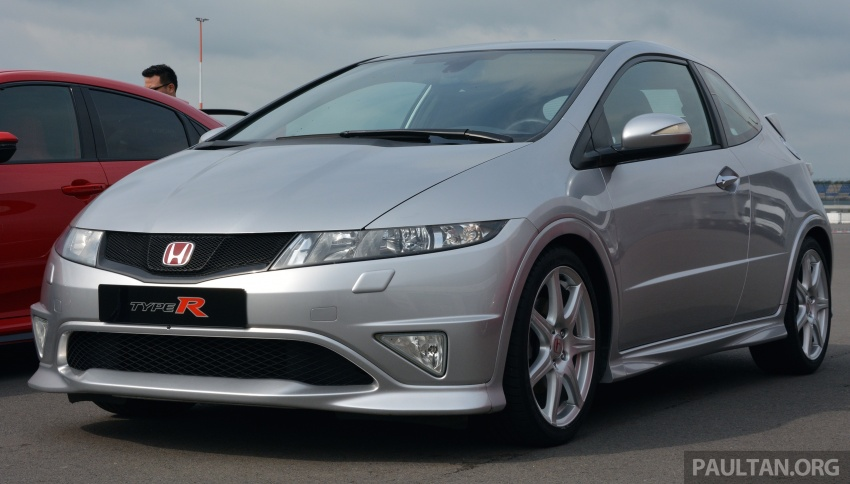 GALLERY: Honda Civic Type R – FWD King of the Ring meets past hatchback masters EP3, FN2 and FK2 Image #678825