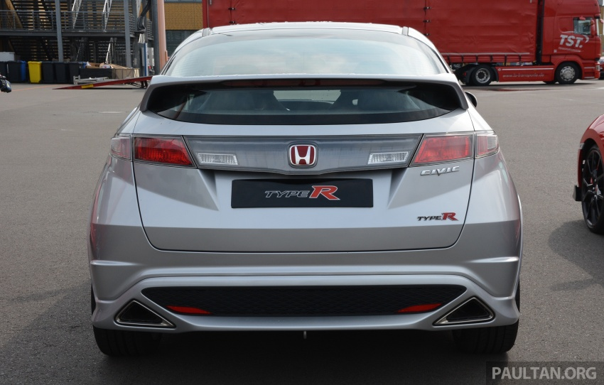 GALLERY: Honda Civic Type R – FWD King of the Ring meets past hatchback masters EP3, FN2 and FK2 Image #678828
