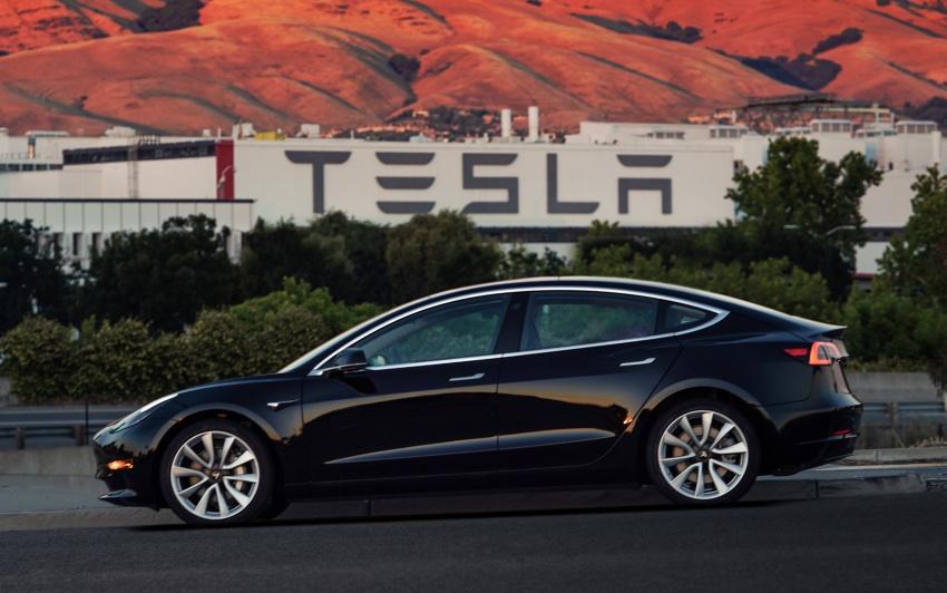 Tesla Model 3 – production entry-level model unveiled Image #690798
