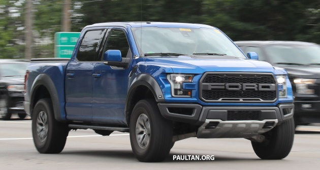 Blink And You Ll Miss The Updates For This One Year Old American Pick Up Truck Is In Fact Revised 2018 Ford F 150 Raptor
