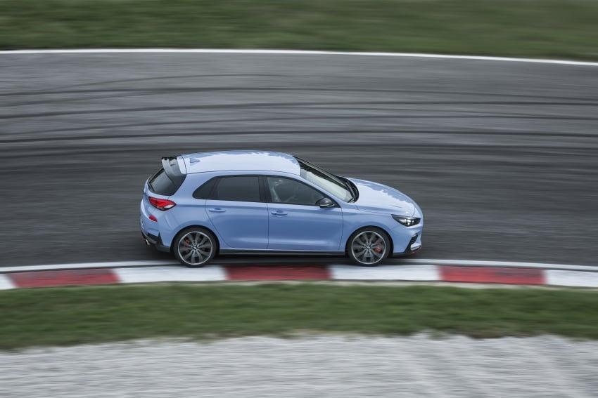 Hyundai i30 N akhirnya didedahkan – 2.0 liter turbo T-GDI 275 PS/353 Nm, manual 6-kelajuan, E-LSD Image #683150