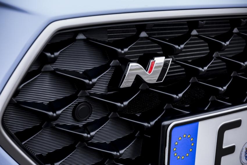 Hyundai i30 N akhirnya didedahkan – 2.0 liter turbo T-GDI 275 PS/353 Nm, manual 6-kelajuan, E-LSD Image #683157
