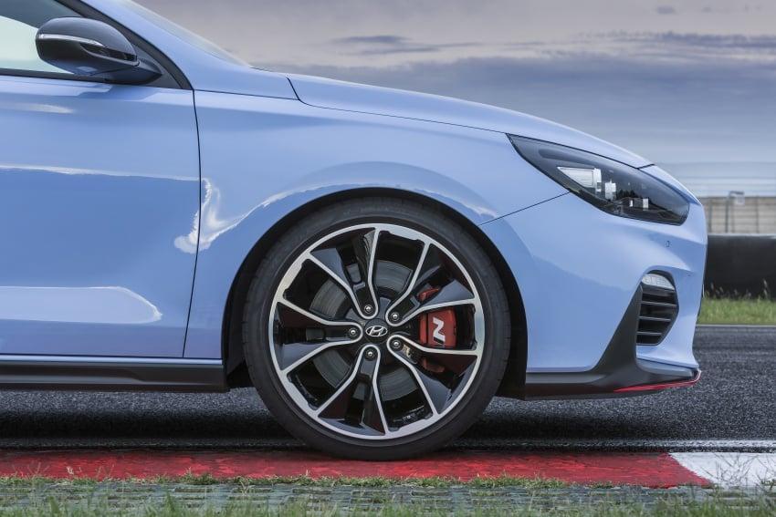 Hyundai i30 N akhirnya didedahkan – 2.0 liter turbo T-GDI 275 PS/353 Nm, manual 6-kelajuan, E-LSD Image #683162