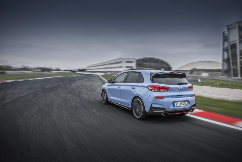 Hyundai i30 N – 275 PS and 353 Nm, six-speed manual Image #683079