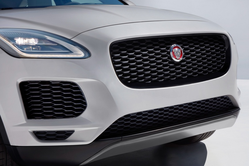 Jaguar E-Pace diperkenalkan – SUV kompak dengan pilihan dua enjin Ingenium, kuasa antara 150 ke 300 PS Image #683215