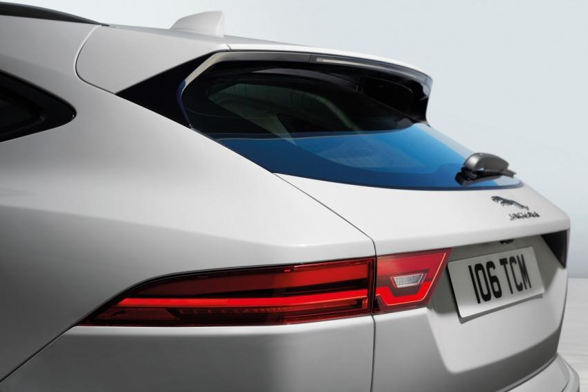 Jaguar E-Pace diperkenalkan – SUV kompak dengan pilihan dua enjin Ingenium, kuasa antara 150 ke 300 PS Image #683216