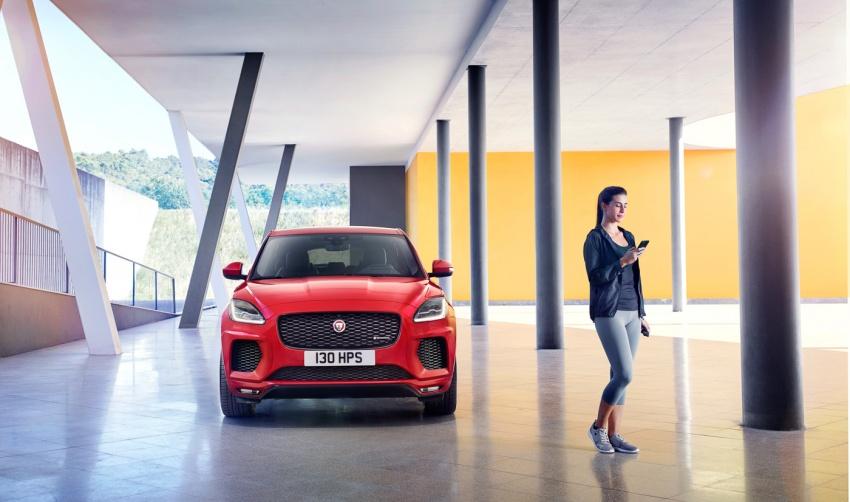 Jaguar E-Pace diperkenalkan – SUV kompak dengan pilihan dua enjin Ingenium, kuasa antara 150 ke 300 PS Image #683245
