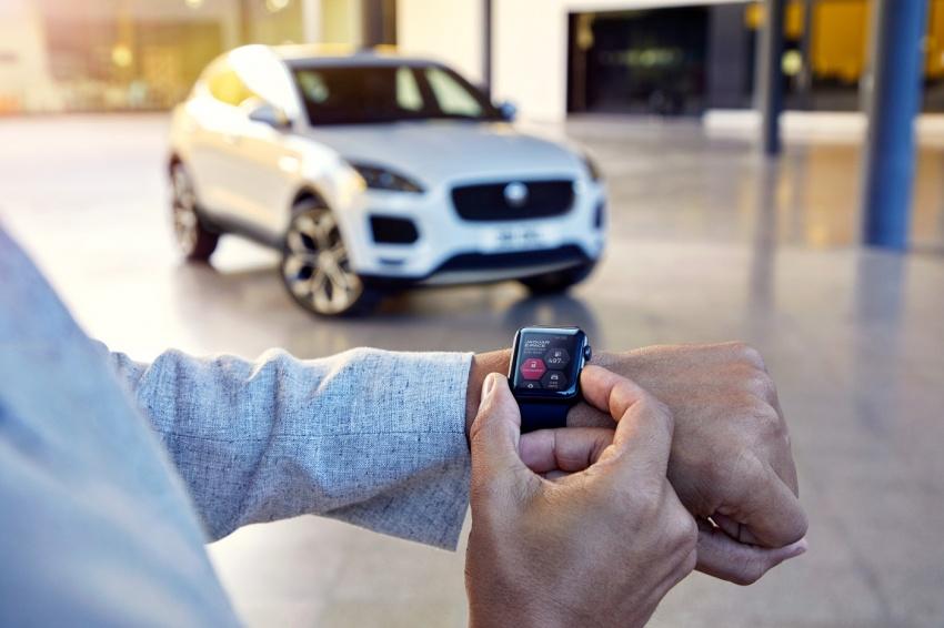 Jaguar E-Pace diperkenalkan – SUV kompak dengan pilihan dua enjin Ingenium, kuasa antara 150 ke 300 PS Image #683248