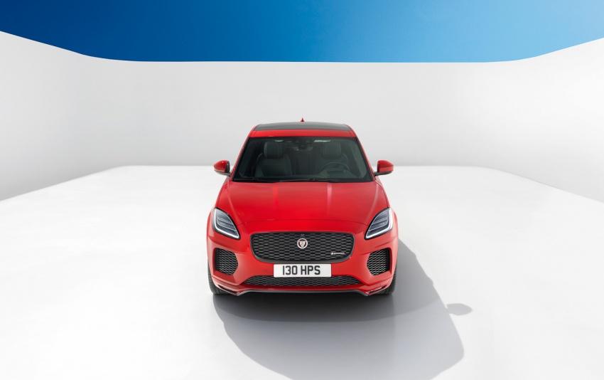 Jaguar E-Pace diperkenalkan – SUV kompak dengan pilihan dua enjin Ingenium, kuasa antara 150 ke 300 PS Image #683233