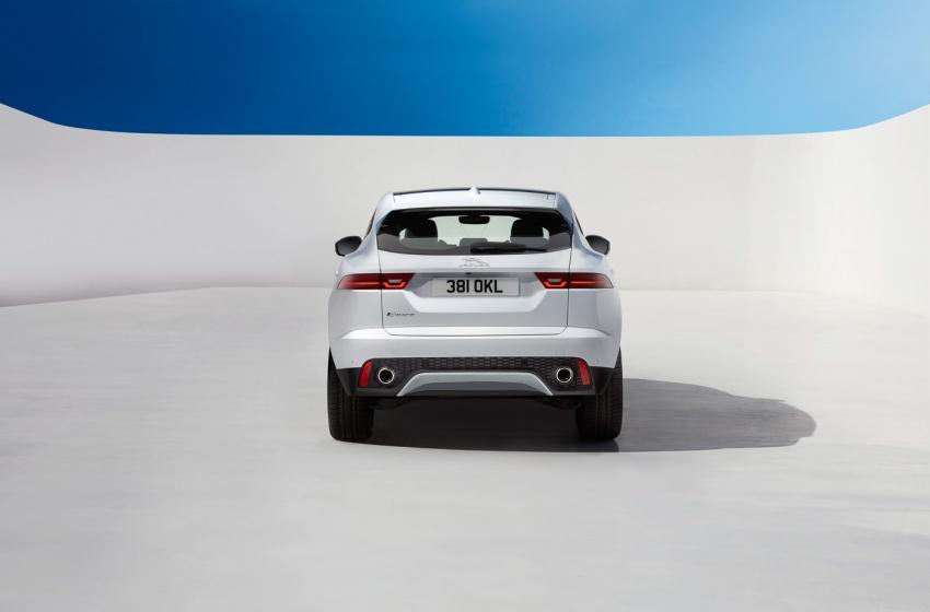 Jaguar E-Pace diperkenalkan – SUV kompak dengan pilihan dua enjin Ingenium, kuasa antara 150 ke 300 PS Image #683235