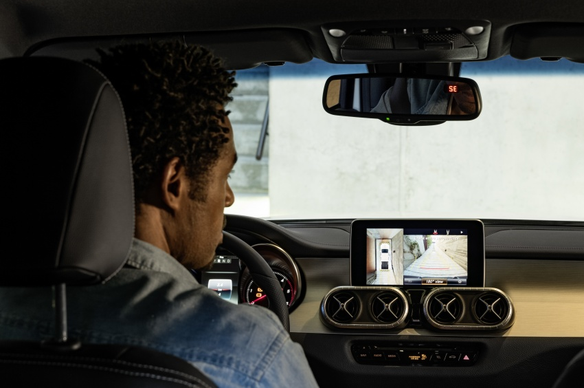 Mercedes-Benz X-Class – premium pick-up debuts Image #685260
