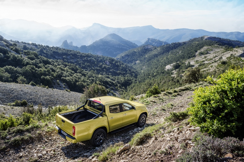 Mercedes-Benz X-Class – premium pick-up debuts Image #685232