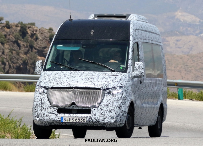 SPYSHOTS: 2018 Mercedes-Benz Sprinter van spotted, full-electric variants set to be operational by 2020 Image #684766