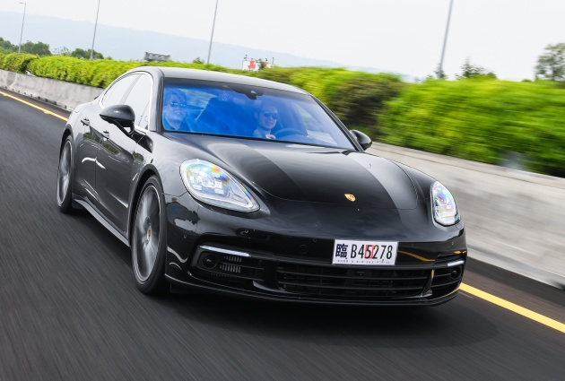 driven 2017 porsche panamera 4s review touring it in taiwan. Black Bedroom Furniture Sets. Home Design Ideas