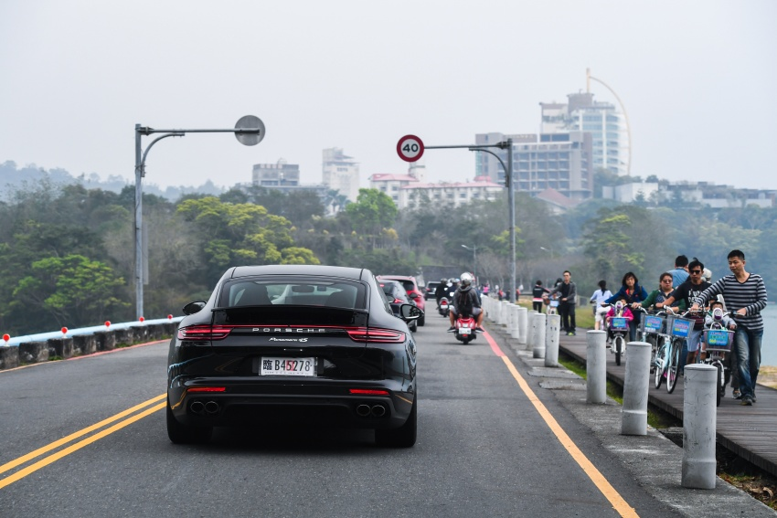 DRIVEN: 2017 Porsche Panamera 4S in Taiwan – take a break Jeeves, because the Boss wants to boss the car Image #678525