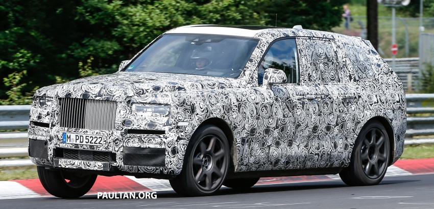 SPIED: Rolls-Royce Cullinan SUV at the Nurburgring Image #689187