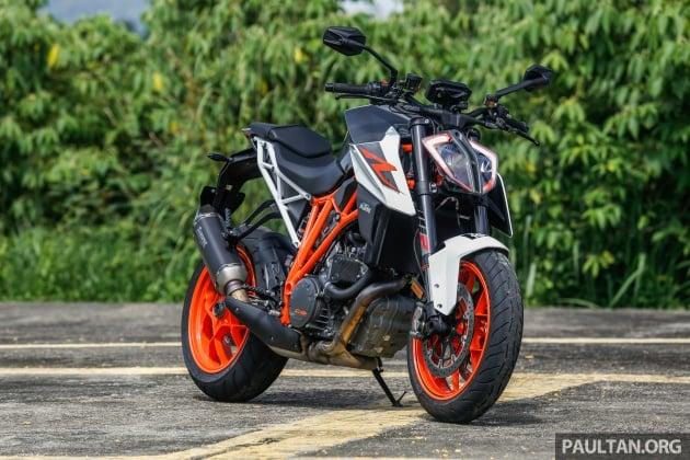 Review 2017 Ktm 1290 Super Duke R The Beast Paultan Org