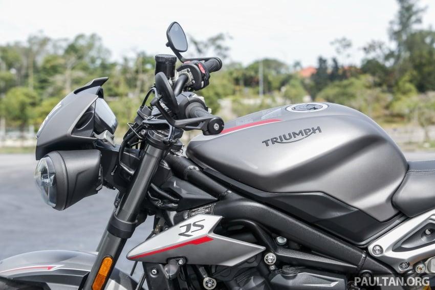 TUNGGANG UJI: Triumph Street Triple RS765 – punya keseimbangan baik, prestasi terus berkemampuan Image #690094