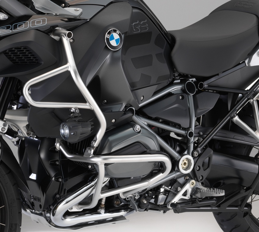 2017 BMW S 1000 R naked sports and R 1200 GS Adventure in Malaysia – RM92,900 and RM116,900 Image #694799
