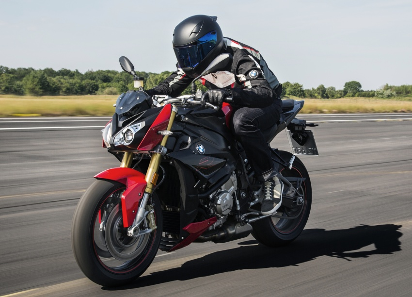 2017 BMW S 1000 R naked sports and R 1200 GS Adventure in Malaysia – RM92,900 and RM116,900 Image #694827