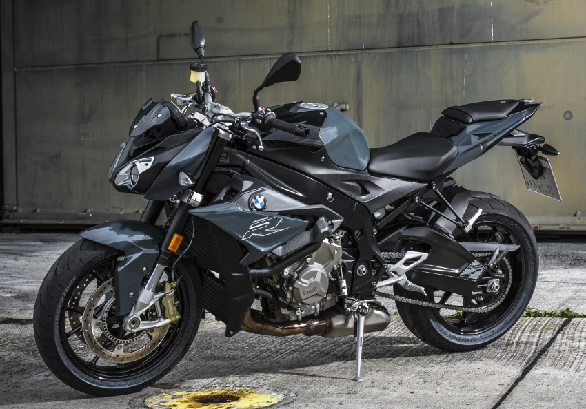 2017 BMW S 1000 R naked sports and R 1200 GS Adventure in Malaysia – RM92,900 and RM116,900 Image #694844